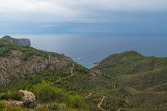 De mooie bergen van kusttramuntana bij gr. 221, de Balearen, Mallorca Royalty-vrije Stock Foto's