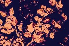 De mooie boomvogel en van de bloemenkunst schilderijen kleuren de roze en zwarte achtergrond en het behang van het illustratiepat vector illustratie