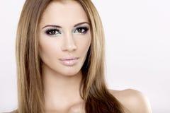 De mooie brunette van het portret Royalty-vrije Stock Foto's