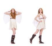 De mooie dame in lichte charmante die kleding op wit wordt geïsoleerd Stock Foto's