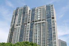 De mooie Flatgebouwen met koopflats van de Luxe met Hemel Royalty-vrije Stock Fotografie