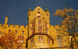 De mooie Herfst in Hohenzollern-Kasteel en rond, Duitsland Stock Fotografie