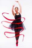 De mooie jonge het balletturner van de blondevrouw oefening van opleidingscalilisthenics stock afbeeldingen