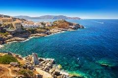 De mooie kustlijn van Corsica en historische huizen in Calvi Stock Foto