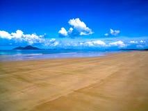 De mooie kustlijn van Opdrachtstrand, Australië Stock Afbeeldingen
