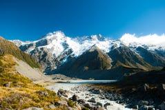 De mooie mening en de gletsjer in Onderstel Cook National Park, Zuiden zijn Royalty-vrije Stock Foto's