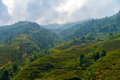 De mooie Mening van bergen bevat terrasvormige gebieden Royalty-vrije Stock Afbeelding