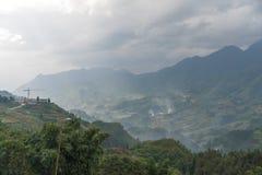De mooie Mening van bergen bevat terrasvormige gebieden Royalty-vrije Stock Foto