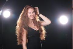 De mooie Modellering van de Vrouw stock fotografie