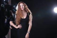 De mooie Modellering van de Vrouw royalty-vrije stock afbeeldingen