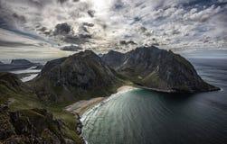 De mooie stranden van Kvalvika en Vestervika lofoten binnen eilanden Stock Afbeelding