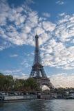De mooie Toren van Eiffel - Voorraadbeeld Stock Afbeeldingen