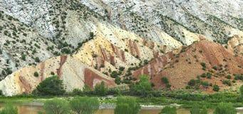De mooie Vormingen van de Zandheuvel in Dinosaurus Nationaal Monument stock afbeelding