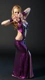De mooie vrouw danst Royalty-vrije Stock Afbeeldingen