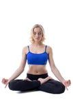 De mooie vrouw mediteert, geïsoleerd op wit Royalty-vrije Stock Afbeeldingen