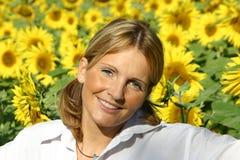 De mooie Vrouw van de Zonnebloem Stock Fotografie