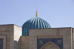 de moskee in Oezbekistan Stock Afbeelding