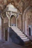 De Moskee van Ashrafimahal in Mandu, Madya Pradesh, India royalty-vrije stock foto