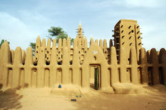 De moskee van de modder in dorp Dogon Stock Afbeelding
