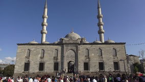 De Moskee van Eminonu in Istanboel stock video