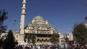 De Moskee van Eminonu in Istanboel stock footage