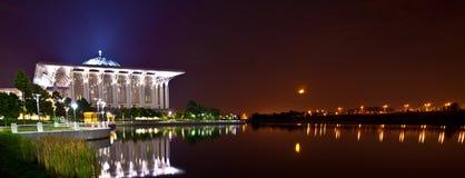 De Moskee van het Ijzer van Putrajaya Stock Fotografie
