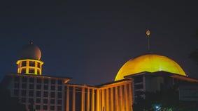 De moskee van Istiqlaldjakarta stock afbeelding