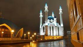 De moskee van Kul Sharif bij nacht in Kazan het Kremlin Stock Fotografie