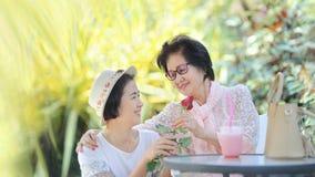 De Mother'sdag is een hoogst speciale gelegenheid voor het eren van mamma royalty-vrije stock afbeeldingen