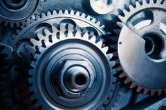 De motor past wielen aan stock afbeeldingen