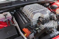 De motor van Dodge Eiser SRT op vertoning Stock Afbeeldingen