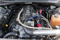 De motor van Dodge Eiser SRT op vertoning Stock Fotografie