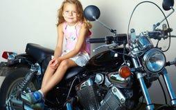 De motorfietsruiter opleiding Stock Foto