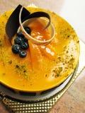 De moussecake van de mango Stock Afbeeldingen