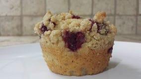 De muffin van het frambozenhart Stock Foto's