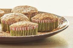 De muffinglans van de Kerstmischocolade met coffe Royalty-vrije Stock Afbeeldingen