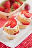 De Muffins van aardbeishortcake Royalty-vrije Stock Fotografie