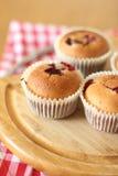 De muffins van de kers Stock Afbeeldingen