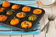 De Muffins van de pompoen en van de Kaas Stock Afbeeldingen