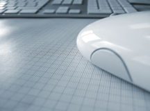 De muis dicht omhooggaand en toetsenbord van de computer Stock Foto