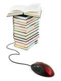 De muis en de boeken van de computer Royalty-vrije Stock Foto's