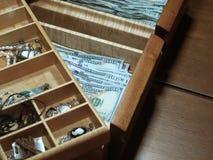 De Munt van besparingsverenigde staten in Juwelendoos stock fotografie