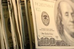 De Munt van de V.S. de Rekeningen van Honderd Dollars. Royalty-vrije Stock Afbeeldingen