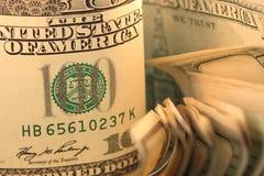 De Munt van de V.S. de Rekeningen van Honderd Dollars. Royalty-vrije Stock Foto's