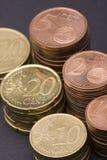 De muntstukken van centen stock afbeeldingen