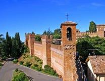 De Muren van de stad van Gradara stock foto