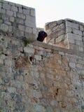 De muren van het Dubrovnikkasteel royalty-vrije stock afbeelding
