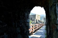 De muren van het oude fort stock foto's