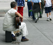 De Musicus van de straat Stock Foto's