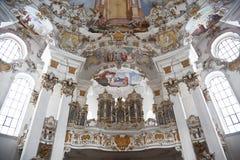De muur en het plafondfresko's van de werelderfenis van wieskirchekerk in Beieren Stock Foto's